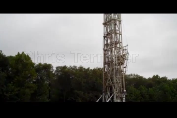 Chris Termeer - Oil derrick used at Project 6 drilling site.